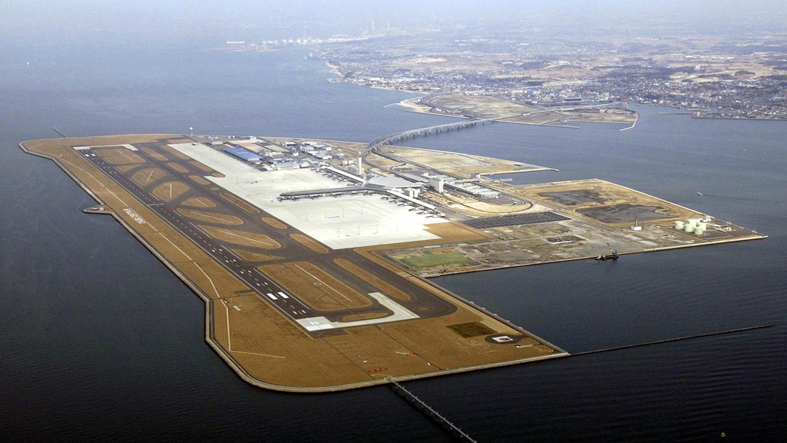 JAPAN NEW AIRPORT
