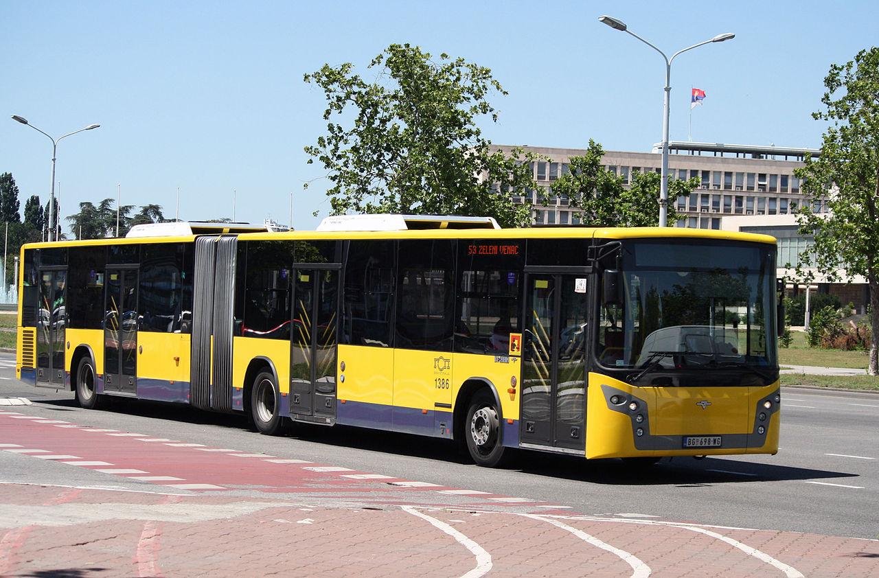 1280px-IK-218M_GSP_Beograd
