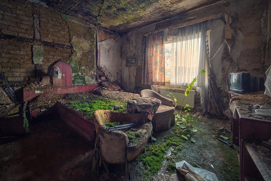 napustena hotelska soba