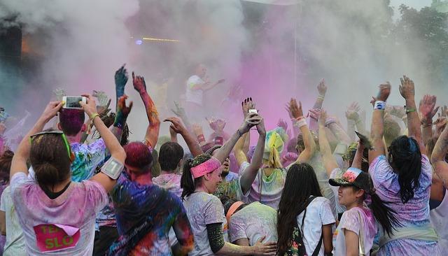 color-run-festivals-438124_640