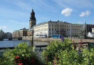 Christine_church_and_town_hall_in_Gothenburg_Sweden1-426x320