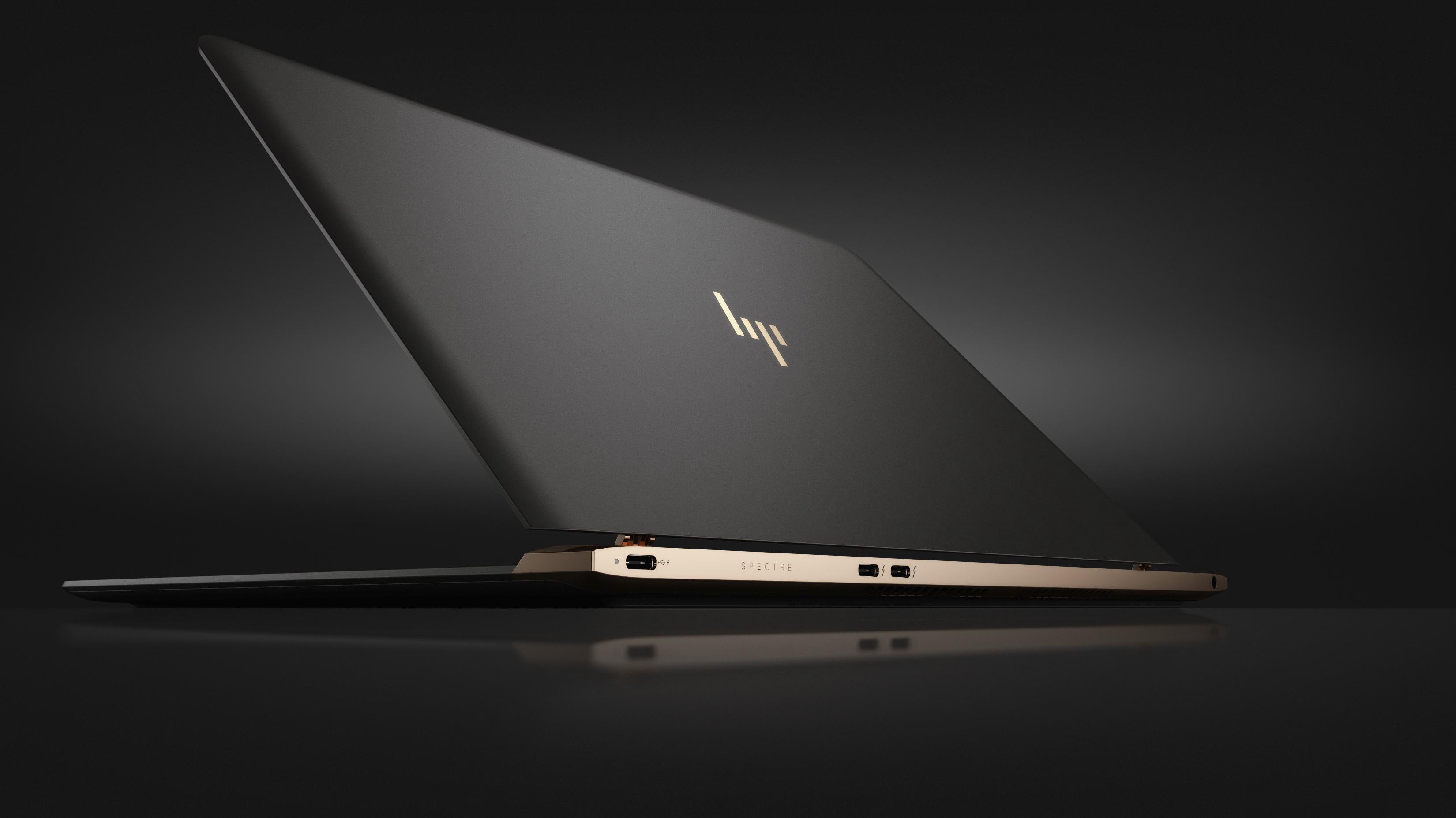 HP Spectre 13.3_Rear facing